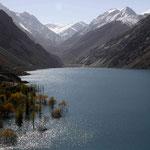 le lac de Sadpara, sur la route du plateau de Deosai