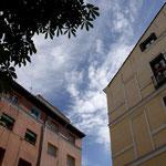Dans les rues de Madrid, le ciel est bleu azul...