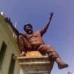 The poet - Adrian Rawlins' statue in Fitzroy