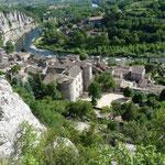 Vogüé - Ardèche - Le village et la rivière