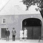 Johann-Heinrich Vollmer, Paul mit Luise Auguste und Martha, ca. 1910