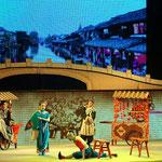 Sichuan Oper - Akrobatik, Witz, Herzschmerz und farbige Masken