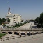 Brücken über den trockenen Fluss in Tabriz