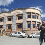 Brauerei in Korçe, Prooost!