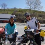 Aus Honkong kommt unsere erste Tourenradlerbekanntschaft, bereits seit 11 Monaten ist er unterwegs!