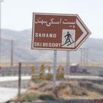 Einmal mehr ein Skigebiet - Iranis liebster Wintersport!