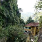 Vieng Xai: Leben in Höhlen