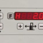 Positioniersteuerung Vorritzaggregat Höhe und Seite: Speichermöglichkeit der gewünschtenVorritzblatt-Position.
