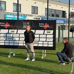 Sportlerball-Organisator Stefan Tröger gut gelaunt vor dem Mikrofon