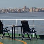 Schluß mit lustig, Montevideo ist in Sicht, jetzt wird`s ernst,