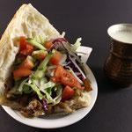 Döner im Brot & Türkische Ayran