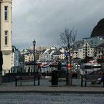 Bild 3-52 - Alesund - auch eine moderne Stadt mit Geschichte