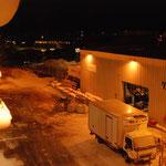 Bild 19-376 - Vardo, die zweitletzte Station vor Kirkenesa - Umschlag nachts um 3.30 Uhr
