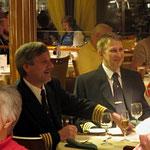 Bild 26-507 - Auch der Kapitän geniesst