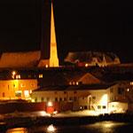 Bild 19-377 - Nächtliche Stadt am Eismeer - in dieser Jahreszeit ist fast immer Nacht