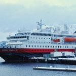 Bild 16-301 - Kong Harald - 122 Meter länge, Kapazität 622 Passagiere