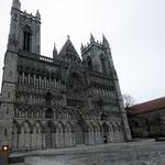 Bild 6-101 - Der Nidaros Dom - Der Westflügel gebaut im  Hochgotischen Stil nach englischen Vorbildern