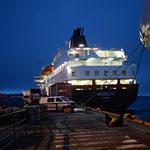 Bild 5-84 Im Hafen liegt schon das Schwesterschiff Nordlys