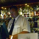 Bild 16-307 - Die Bar nicht nur zwölf Stunden geöffnet