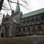 Bild 6-110 -  Der Wiederaufbau des Nidarosdomes nach Schirmers Konzept wurde, mit mehreren Pausen und Umplanungen, erst 2001 offiziell beendet.