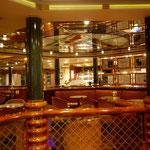 Bild 1-20 - (Noch) kein Nachtleben auf dem Schiff