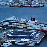 Bild 22-423 - Im Hafen