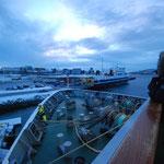 Bild 14-279 -  15.00 Uhr - Zur Abfahrt in Bodø breit