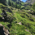 Weg Piangguschtei-Gärwetsch, Perren Vik