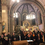 Chor und das Bläserquintett der Rheinischen Musikfreunde Kettig.