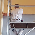 Auch an den Oberwänden werden die Arbeiten ausgeführt.