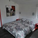 chambre et lit de 160