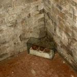 Drei Kanonenkugeln im Untergeschoß des Weißen Turms