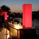 amorphia cubes eignen sich hervorragend zum flankieren von Bars, Eingängen, Bühnen etc.  Foto:Oliver Hillen