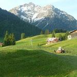 Aussicht in die Walser Bergwelt.