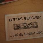 Visitenkarte von Lottas Bücher - soooo ein super Spruch!