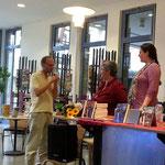 Ein Weidenflöten-Gewinner beim Probeflöten :D