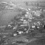Wassersuppen vor 1990. Der Ort sieht arg zerrupft aus.