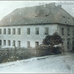 Die Volksschule Wassersuppen musste viele Schüler in 6 Klassen beherbergen.