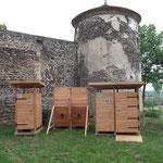 Toilettes sèches et urinoirs lors de la soirée Carte Blanche 2015 au Château de Goutelas (Marcoux)
