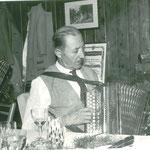 Peter Stachl Harmonikaerzeuger aus Graz  Bild von1963