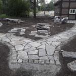 Natursteinarbeiten Porphyr Polygonalplatten Garten- und Landschaftsbau Gröne Dinklage Gartengstaltung