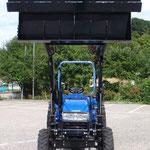 ecopard 4x4 Traktor mit hydraulischem Frontlader