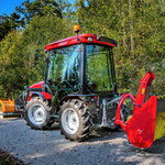 ecopard Kompakttraktor eco56 mit Kabine + Schneefräse