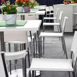 Möbel und Ausstattung vom event-mietservice