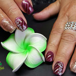 Bild - Feel Good Nails - Cateye