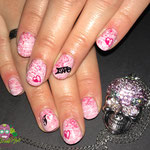 Bild - Feel Good Nails - Glitzerpuder und Stempel