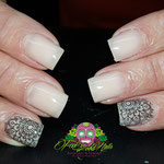 Bild - Feel Good Nails - Naturelook mit Stempel