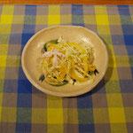 キャベツの花椒風味サラダ