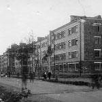 Улица Горького одна из старейших улиц нашего города. Раньше только появились дома на улице Карла Маркса.
