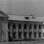 Это школа на улице Октябрьской. Ныне это лицей №8, а ранее школа №10.